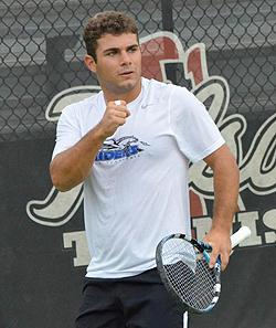 Ettore Zito gioca per la Middle Tennessee State University